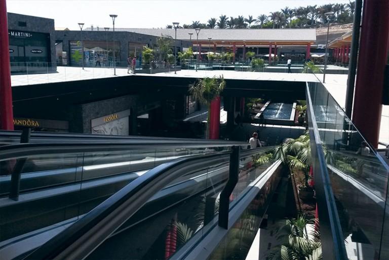 Siam Mall Tenerife TEJAS BORJA