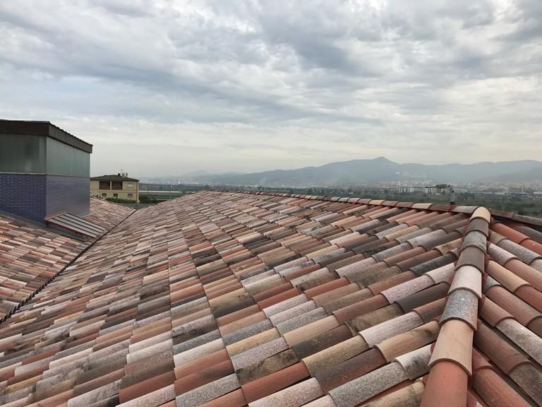Colònia Güell | Rehabilitación cubiertas: Tejas Borja